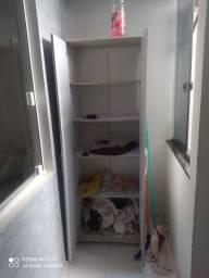Vendo armário