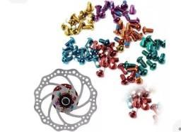 Parafuso de disco de freio para bike alumínio e brocagem de titânio com alumínio.