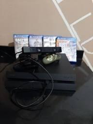 PS4 - Play Station 4 + Kinect(câmera) + 2 controles + Jogos + todos os cabos.
