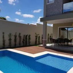 Casa com piscina em rua privativa, casa nova nunca habitada