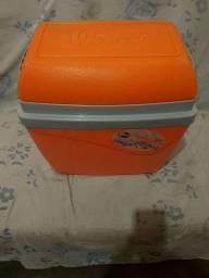 Caixa térmica de 34 litros