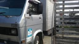 Vendo caminhão 3/4 7110 S ano 91