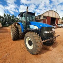 Trator New Holland TM 7010 ano 2011