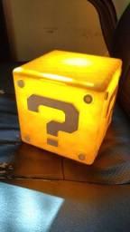 Luminária Mario Box