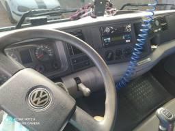 Vendo um caminhão 15180