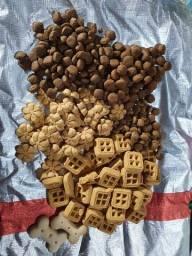 Pacote misturado de biscoitinhos para cão adulto