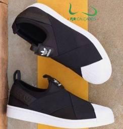 Tênis Adidas Slip-ON unissex (ENTREGA GRÁTIS)