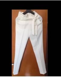 Calças pantalona, super chique!! Era 300 reais agora é 100 reais