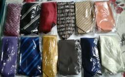 Vendo Kit com 13 gravatas tradicionais NOVAS.