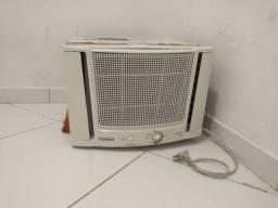 Ar condicionado Super Conservado Caixa