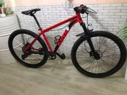 Bicicleta aro 29 freio hidráulico coroa única