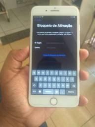iPhone 7 plus está inativo tenho fone e carregador original dele