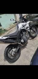 Xt 660 moto muito nova