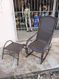 Cadeira de Balanço em fibra Sintética