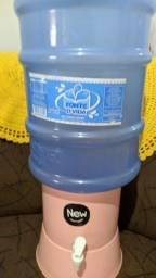 Suporte para filtro d'água + galão validade 2023