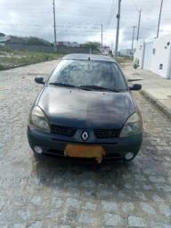 Renault Clio Sedan 1.0 16 V 2004