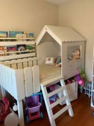 Cama Infantil casinha com escada + colchão