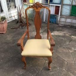 Par de Cadeiras de aproximação feitas em madeira de Louro Freijó