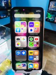 iPhone XR impecável