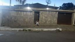 Casa para alugar no Heliópolis com 4 quartos