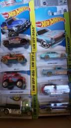 Vendo 120 carrinhos de coleção