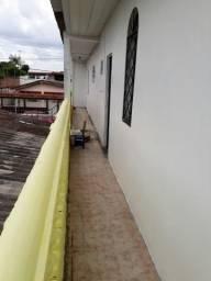 Apto no 1°andar,c/água, garagem, em Conj.Belvedere-Planalto