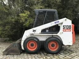 Mini Carregadeira - Bobcat S130 - Ano: 2012