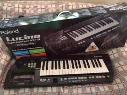 Teclado Roland keytar Lucina ax 09