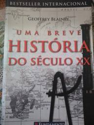 """Livro """"Uma breve história do século XX"""", de Geoffrey Blainey"""
