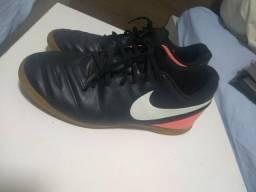 Chuteira Nike tiempo x tamanho 40 0959952f309ba