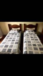 Vendo duas camas de solteiro
