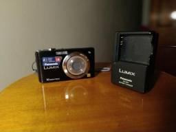 Câmera Lumix funcionando perfeitamente.