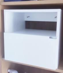 Armário de banheiro/quarto suspenso