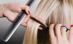 Vaga para cabeleireira e manicure LEIA ANÚNCIO