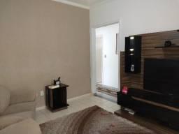 Casa 03 dormitórios