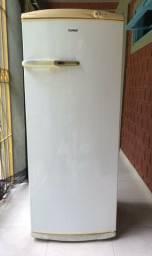Geladeira CONSUL 320 litros