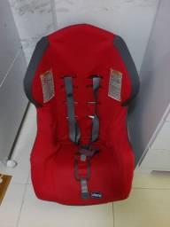 Cadeira Chicco de 9 a 18kg já higienizada bem conservada 230,00
