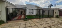 Alugo Casa c/ 3 Qts em Setor dos funcionários, Goiânia