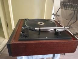 Toca discos Philips amplificado