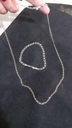 Corrente banhada a prata e pulseira
