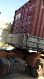 Container em terminal do RJ