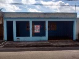 Conj. Pedro Teixeira, 3 Quartos quintal com área de depósito-Coqueiro