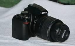 Nikon D3000 + Lente 18-55mm Usada Excelente Estado Dslr