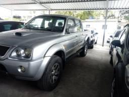 L200 2006 4x4 diesel automatica vendo troco financio
