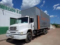 Baú  truck 8.6