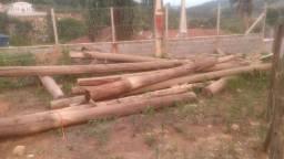 Postes eucalipto e telhas fibrocimento ( Brasilit )