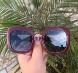 Óculos de sol novos R$45