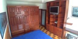 047 Mobiliado na Tijuca de 03 quartos + dependência completa