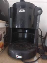 Cafeteira 12 xícaras