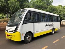 Micro-ônibus Neobus Thunder Way - Mercedes-Benz